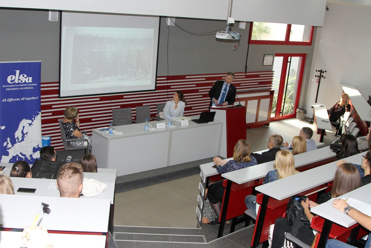 THE FINNISH AMBASSADOR GAVE A LECTURE AT THE UNIVERSITY BUSINESS ACADEMY
